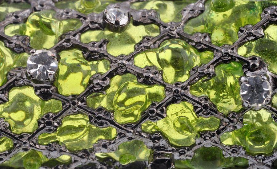 Broche Lézard vert detail