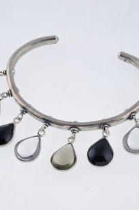 Bracelet jonc noir et blanc