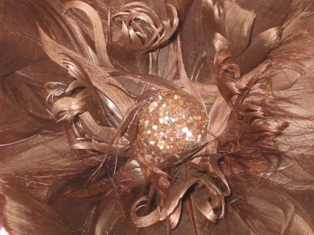 Fleur marron glacé detail