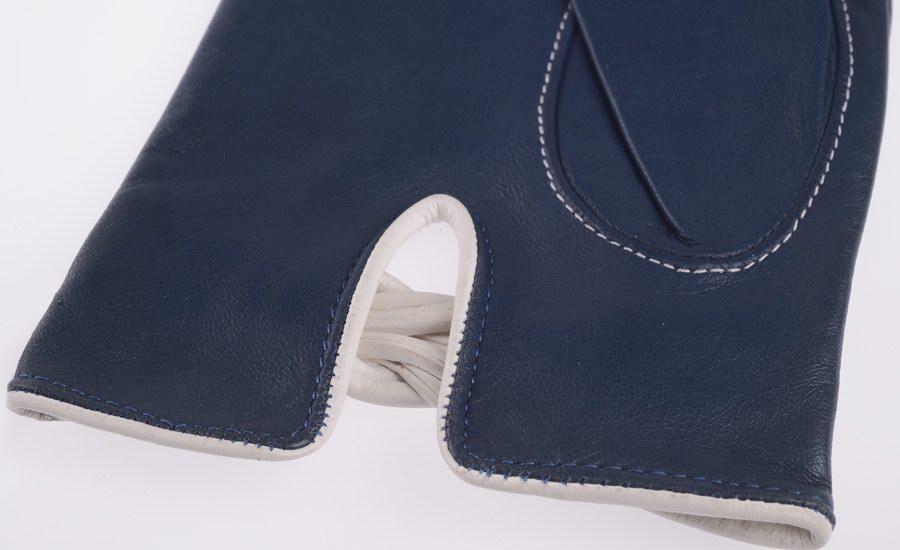 Gant bleu marine et blanc detail