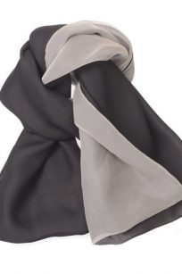 Echarpe gris blanc