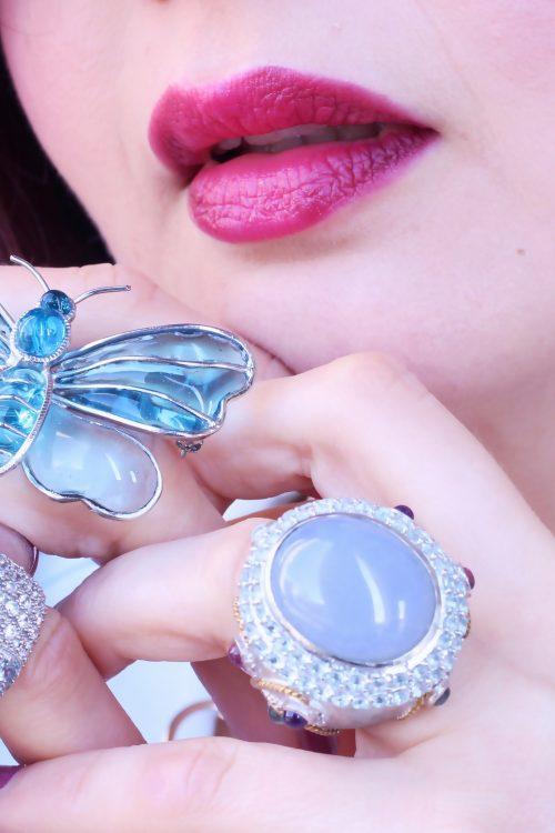 une touche de bleu