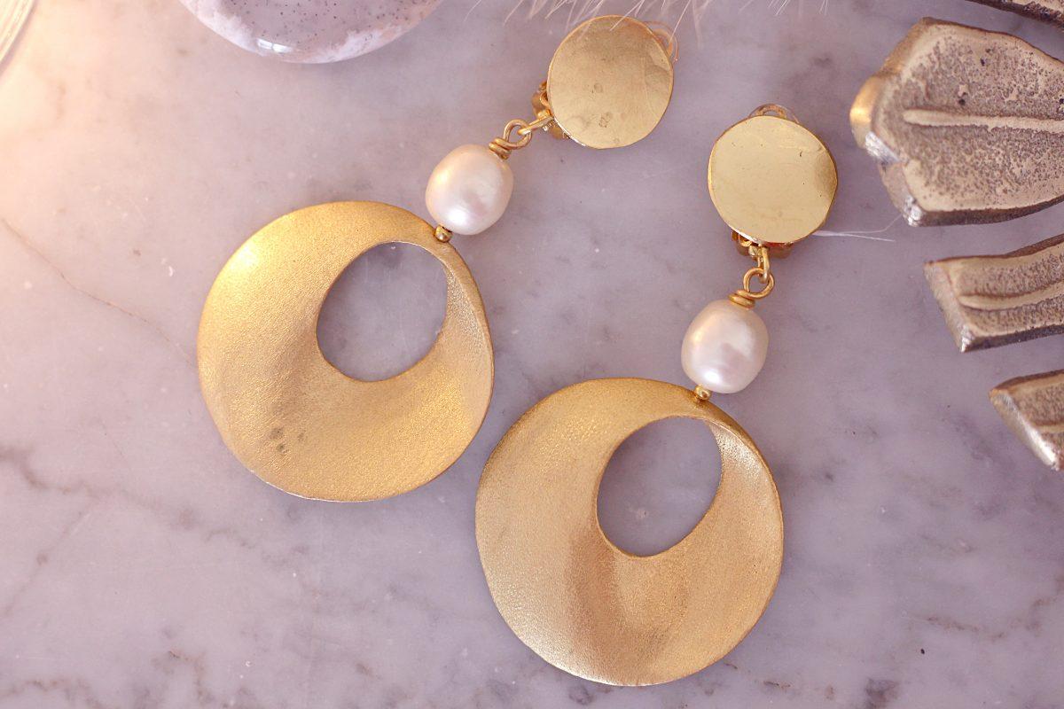bijoux or et perles